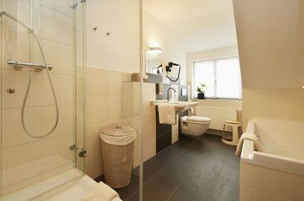Gästehaus Lindengut Dipperz Badezimmer