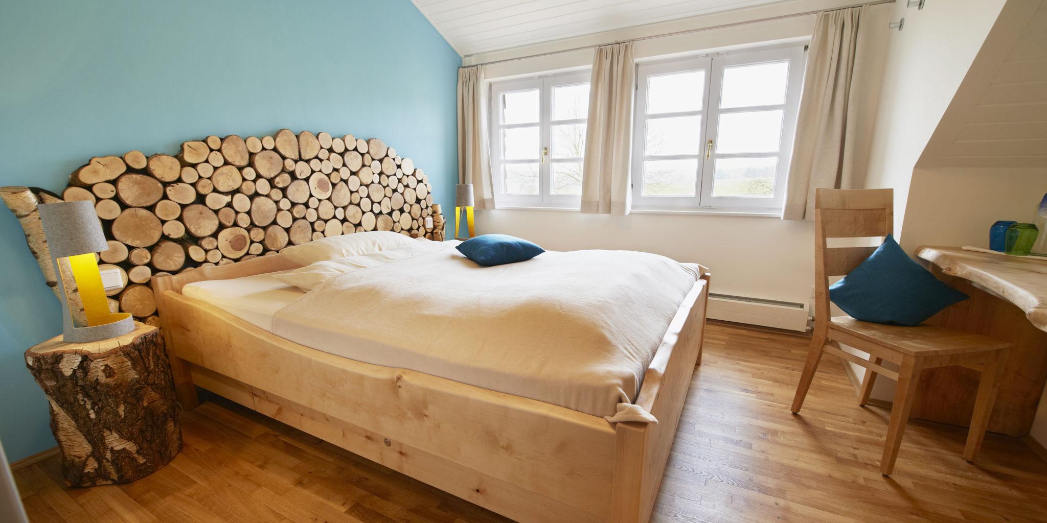Biohotel Lindengut Dipperz BaumArt Zimmer Türkis