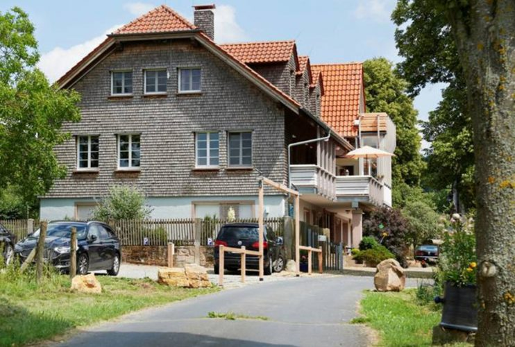 Gästehaus Lindengut Dipperz Außenansicht
